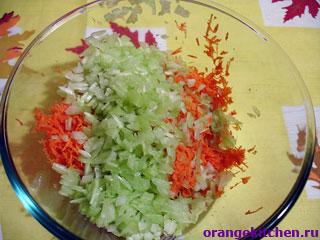 Морковь и сельдерей для салата