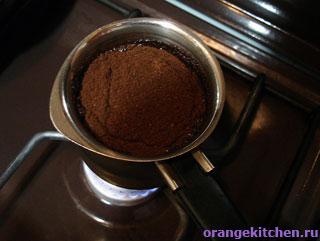 Кофе в джезве в процессе варки
