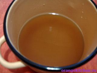 Грейпфрутовый напиток с имбирем в процессе приготовления