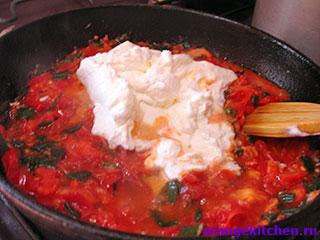 Спагетти с имбирным соусом в процессе приготовления