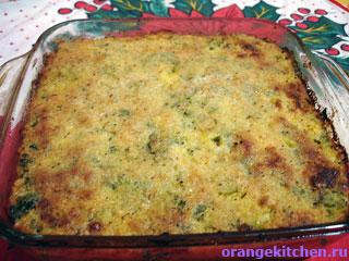 Готовая вегетарианская запеканка с брокколи