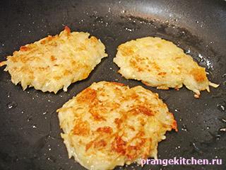 Драники из кабачков и картофеля: Фото 4