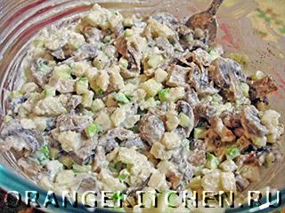 Вегетарианский картофельный салат с грибами: Фото 7