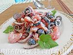 Вегетарианские салаты: салат с маслинами и помидорами