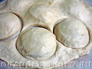 Пирожки бомбочки с помидорами: Фото 7