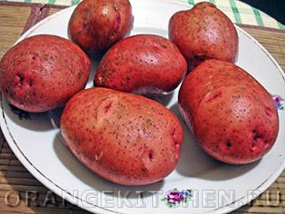 Запеченный картофель в духовке: Фото 1