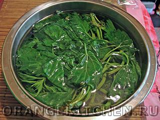 Вегетарианский зеленый соус с крапивой: Фото 1