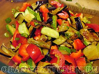 Вегетарианский салат с баклажанами: Фото 7