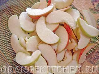 Вегетарианский открытый яблочный пирог без яиц: Фото 4