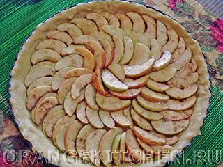 Вегетарианский открытый яблочный пирог без яиц: Фото 8