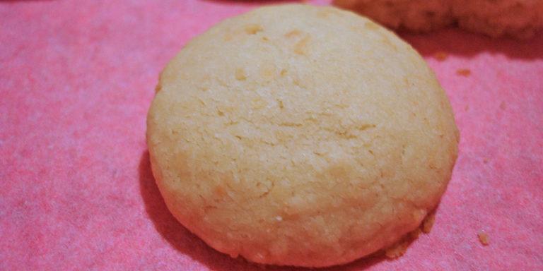 Рассыпчатое кокосовое печенье без яиц