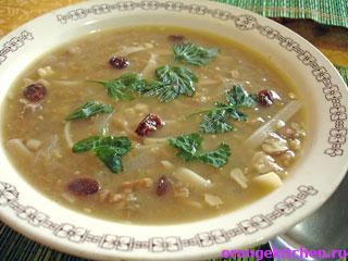 Суп с лапшой и чечевицей