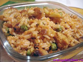 Рис с цветной капустой и горохом