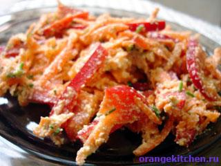 Сыроедческий морковный салат с ореховым йогуртом