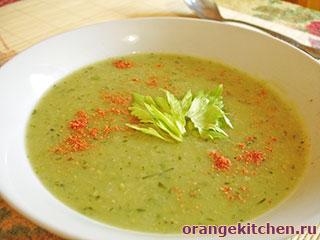 Постный суп-пюре с сельдереем